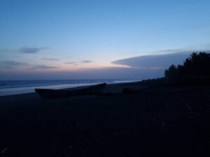 Lunada en Playa Garita Palmera
